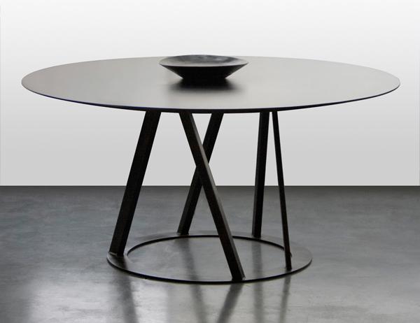 Big Irony Round Table Designed By Maurizio Peregalli