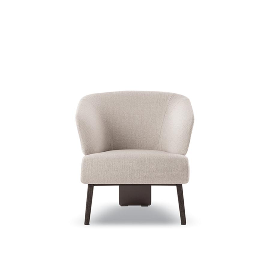 Creed Small Designed By Rodolfo Dordoni Minotti Orange