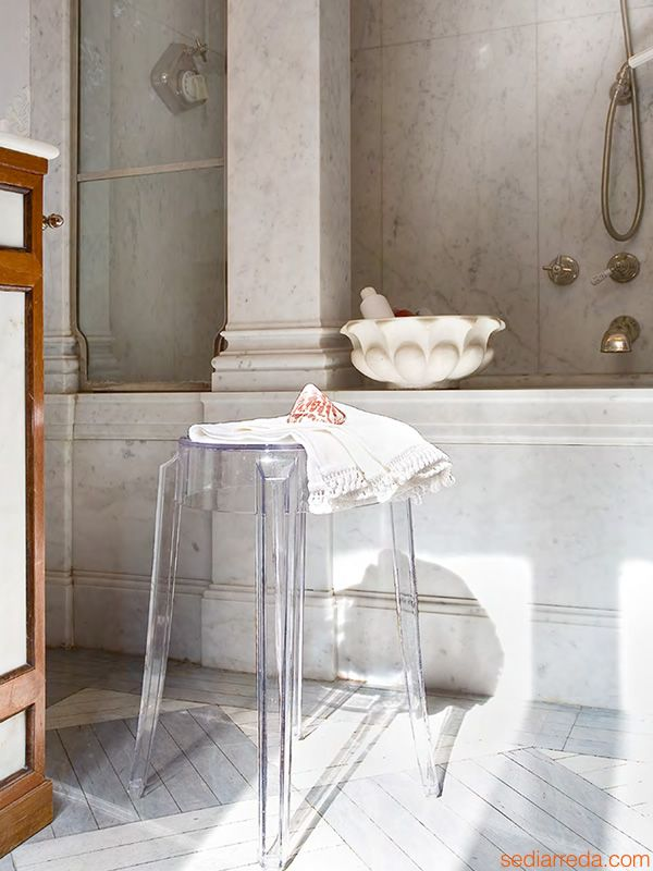 Charles Ghost Designed By Philippe Starck Kartell