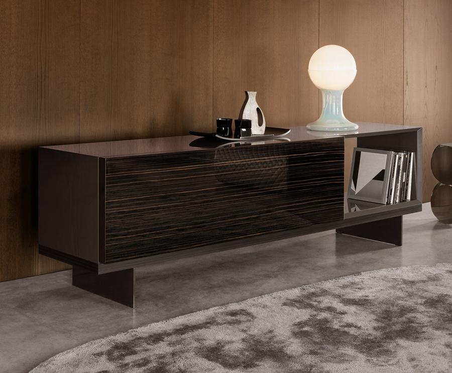 minotti lang cabinet orange skin. Black Bedroom Furniture Sets. Home Design Ideas