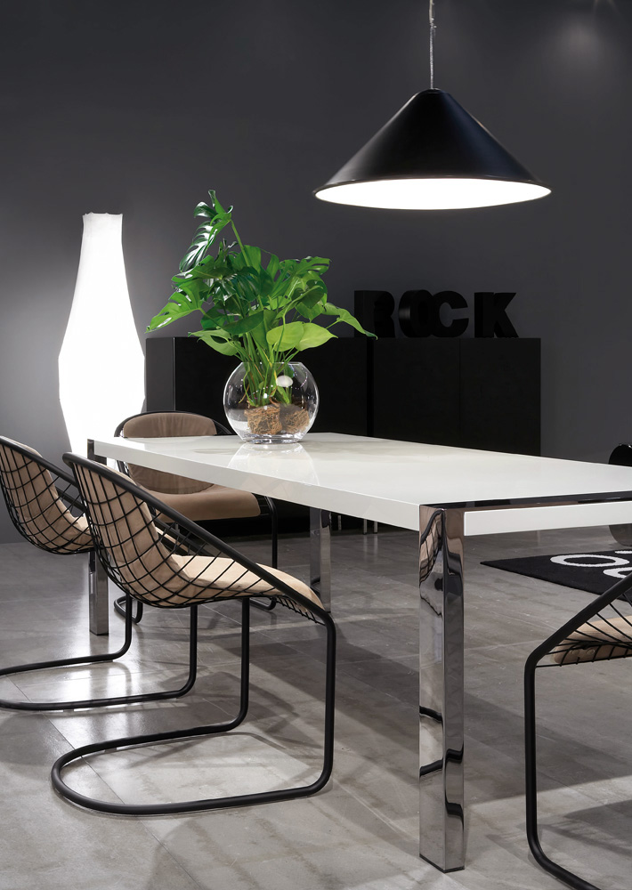 Lennon Table Designed By Rodolfo Dordoni Minotti