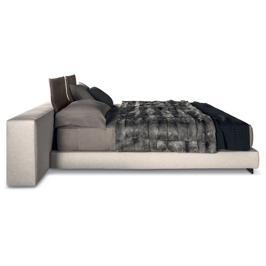 Yang Sofa yang sofa | designedrodolfo dordoni for minotti, orange skin