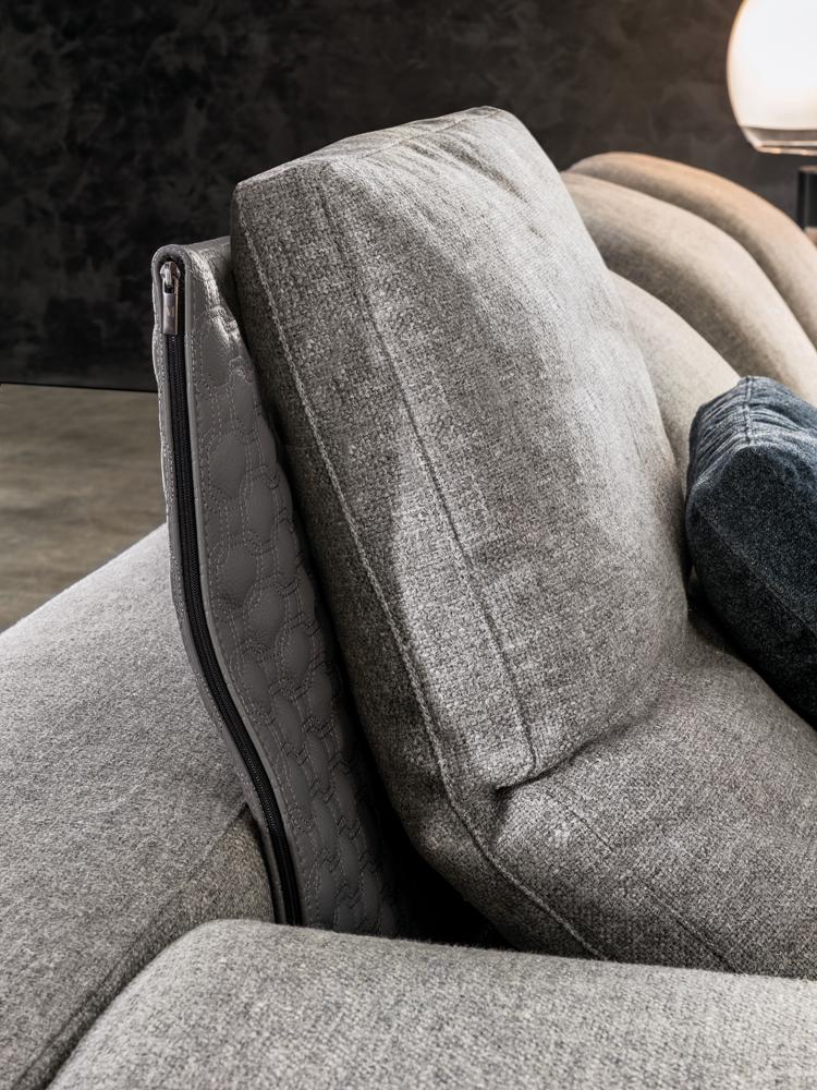 ... Yang Sofa