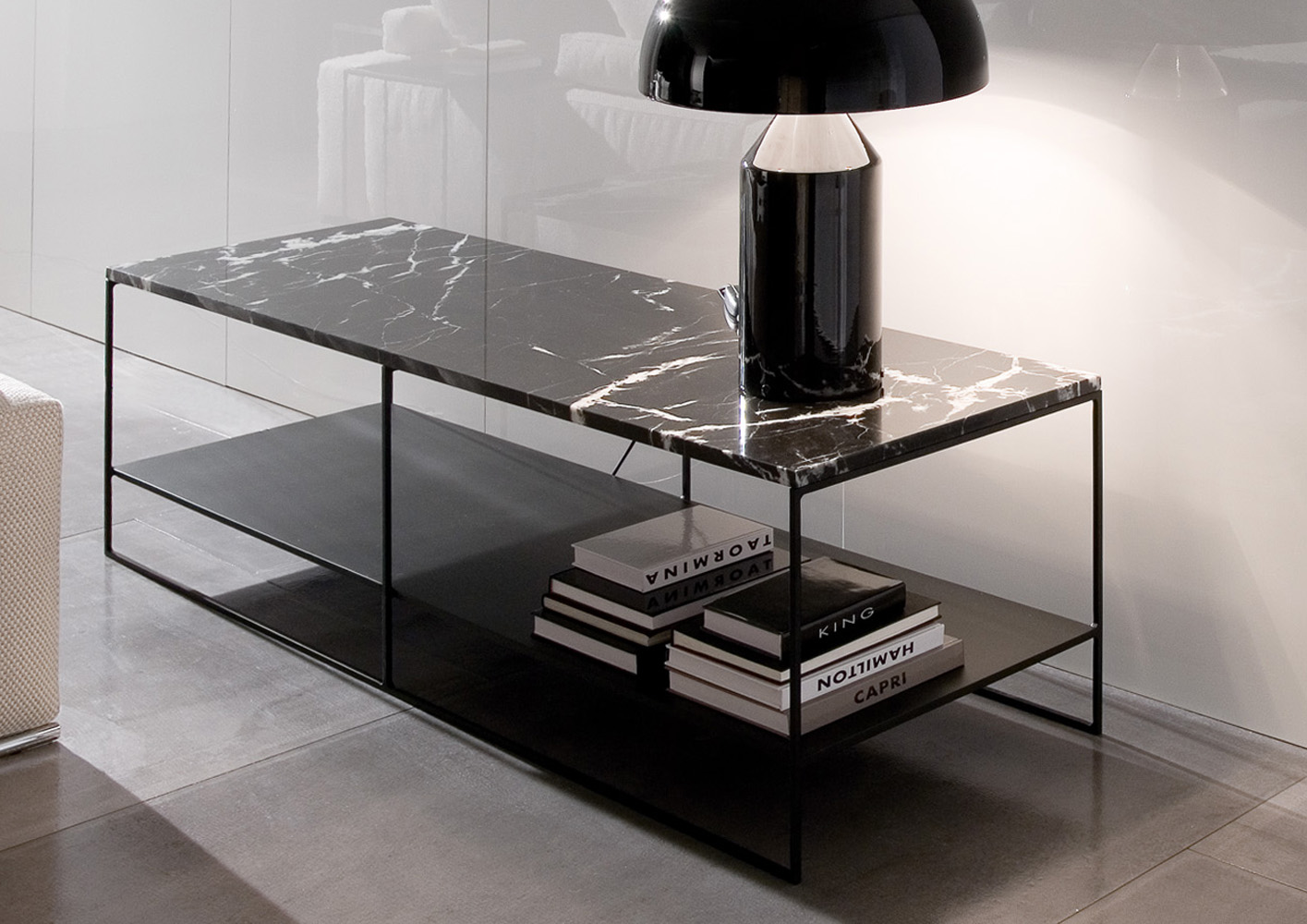calder console designed by rodolfo dordoni minotti. Black Bedroom Furniture Sets. Home Design Ideas